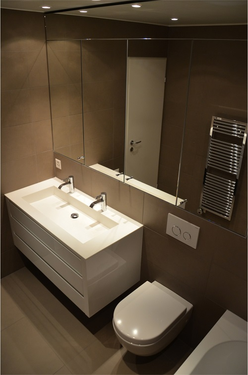 Bathroom and kitchen maker's design
